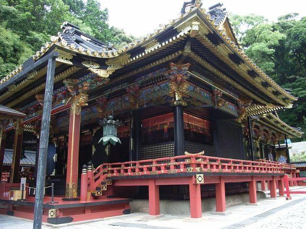 haiden_of_kunozan_toshogu
