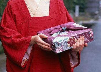 Gift-Giving in Japan | nippaku